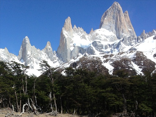 (1548) Iná tvár predhoria And (Fitz Roy 3375m.m.)