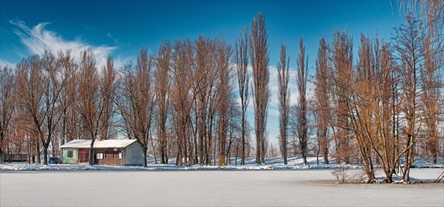 Slovakia, Nitra: Sleep In The Snow #PHOTOFRANO
