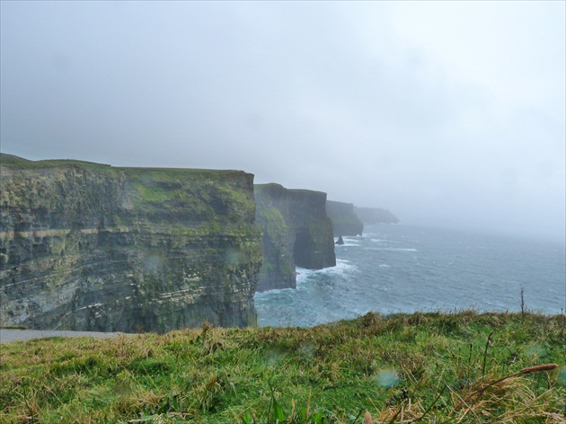 cliffs of moher,irsko