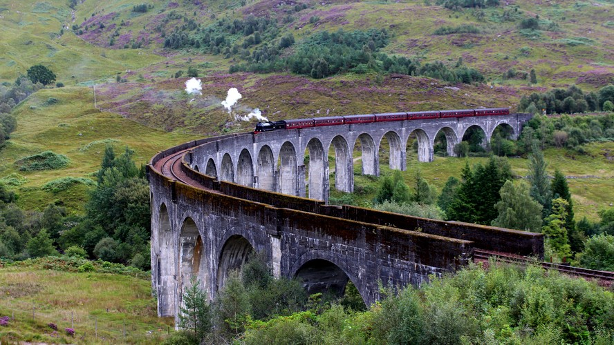 Glenfinnan Viaduct & Jacobite steam train II