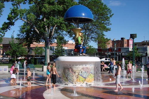 Uncle Wilber Fountain 01
